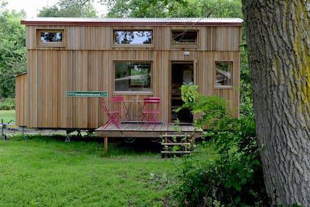 Les cabanes de Sarah: la Tipi Tiny House - Cabanac-et-Villagrains - Allotjament sostenible a la natura