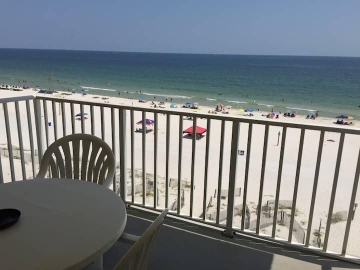 3 bedroom Beachfront Condo Gulf Shores 7 days