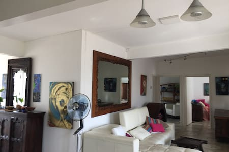 Mauritius Grand Bay Entire Apartment Sea View - Grand Baie - 公寓