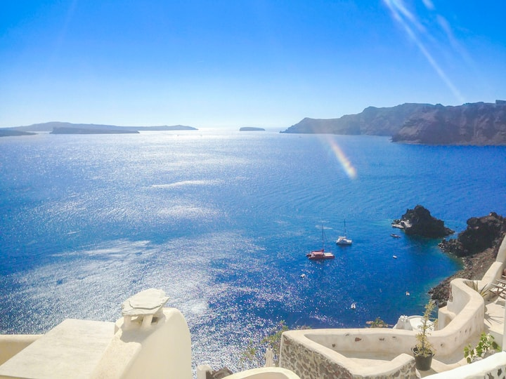 Panoramic View Oia Cave House