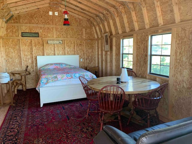 Buffalo Jump Cabins 20 Acre Escape