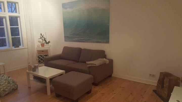 Übernachtungsmöglichkeit in der Südstadt (Sofa)