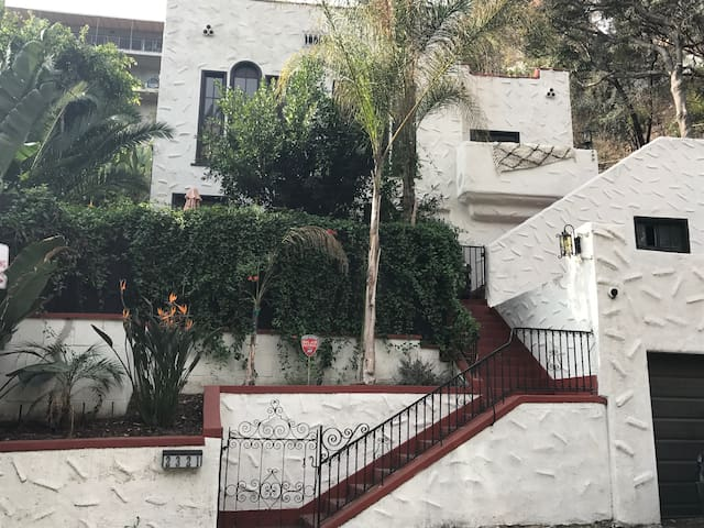 Peaceful Lower Unit in Remodeled, Spanish House
