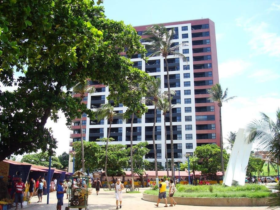 Fachada do Golden Tulip Fortaleza - Iate Plaza.