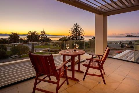 Luxury Apartment - Amazing Views 2 Bedroom