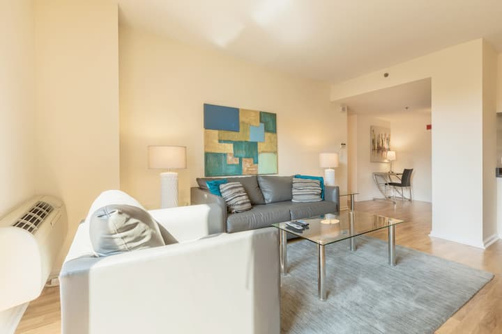 Modern Hoboken 1BR |Washer/D | Easy access to NYC