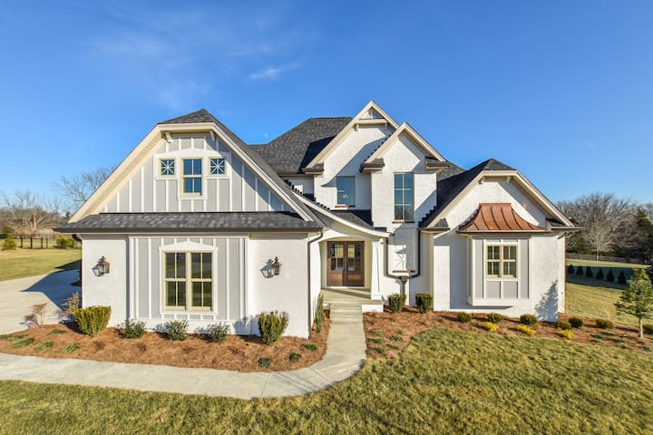 Derby dream home in horse country - Prospect - House