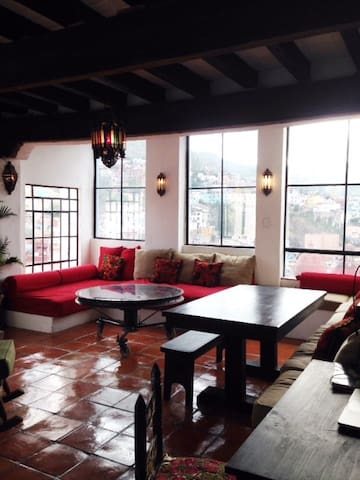 Casa Mirador- Historic Centro with Amazing Views - Guanajuato - House