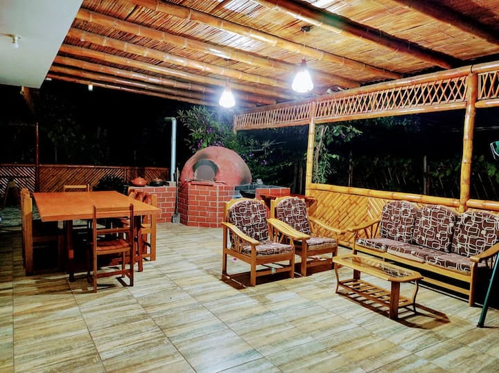 Lunahuaná! Casa de campo con Piscina y Juegos