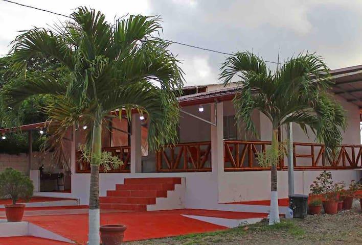 Residencia Montefam