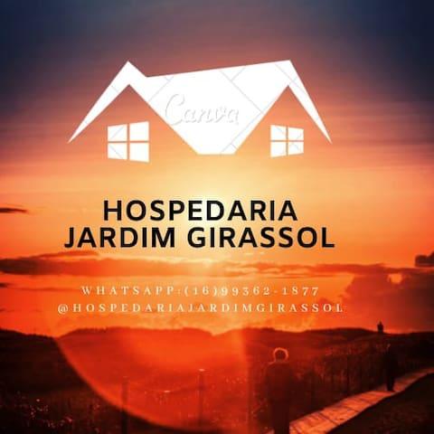 Hospedaria Jardim Girassol