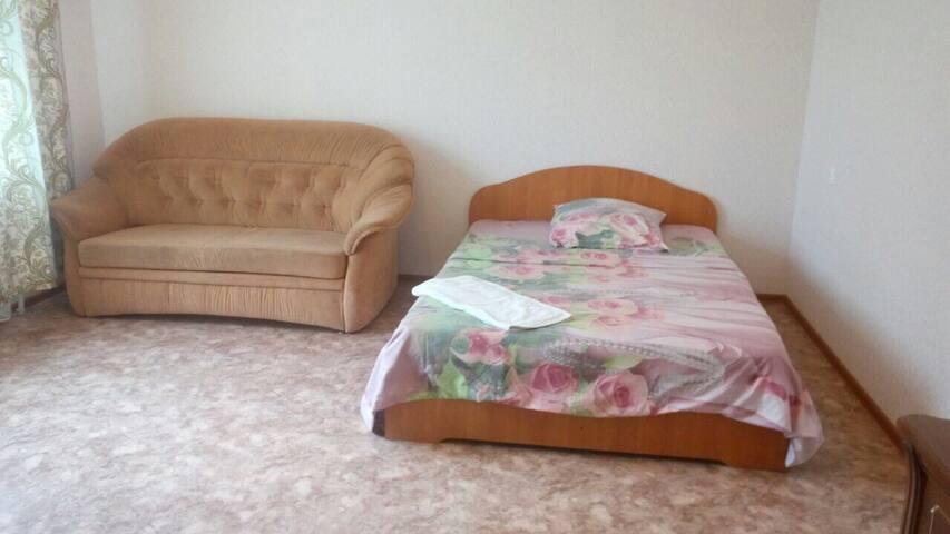 Квартира на Менделеева 23