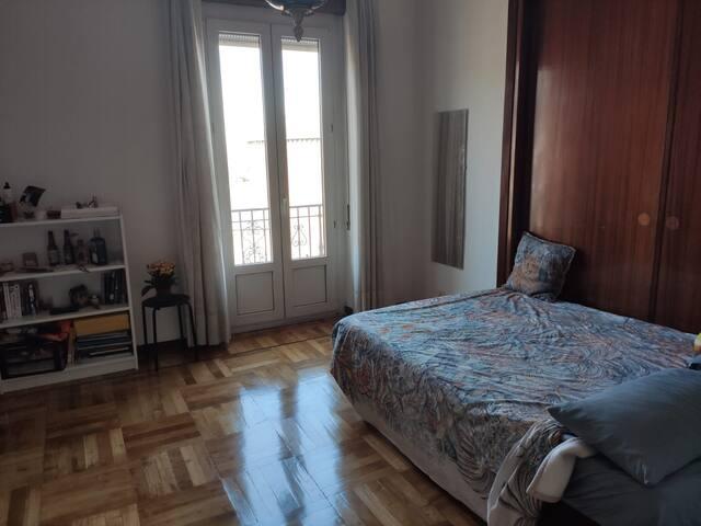 Habitación doble en Moncloa