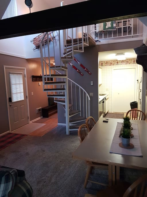 Circular stairway to loft BR and 3rd BR