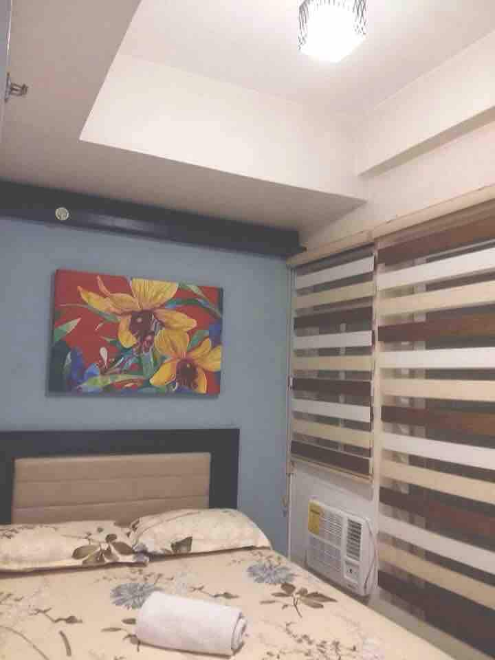 Furnished 1br condo unit