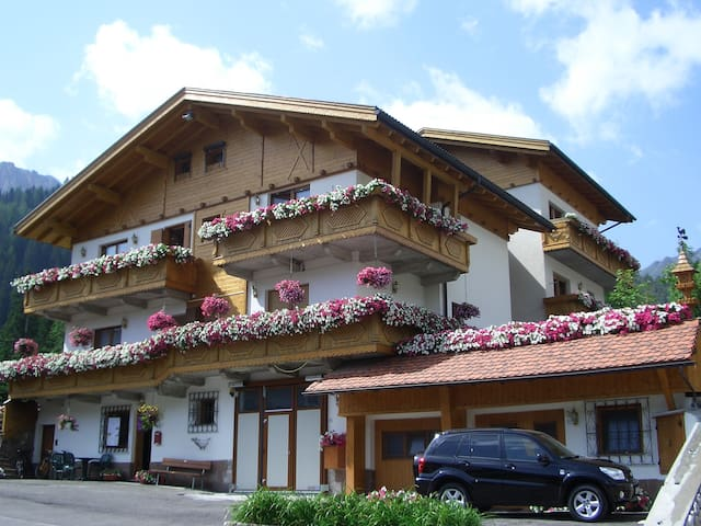 Bed & Breakfast Chalet Brigitte
