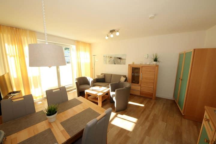 Appartementanlage Villa Granitz ca. 200m Strandentfernung, Ferienwohnung 32 Ostseewind mit Balkon