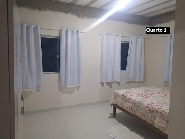 Alugo apartamento em Iriri