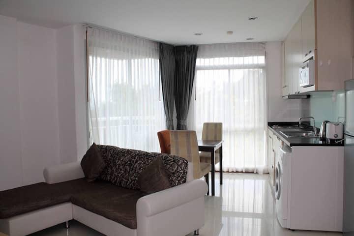 New studio + 2 bedrooms with sea view 3H