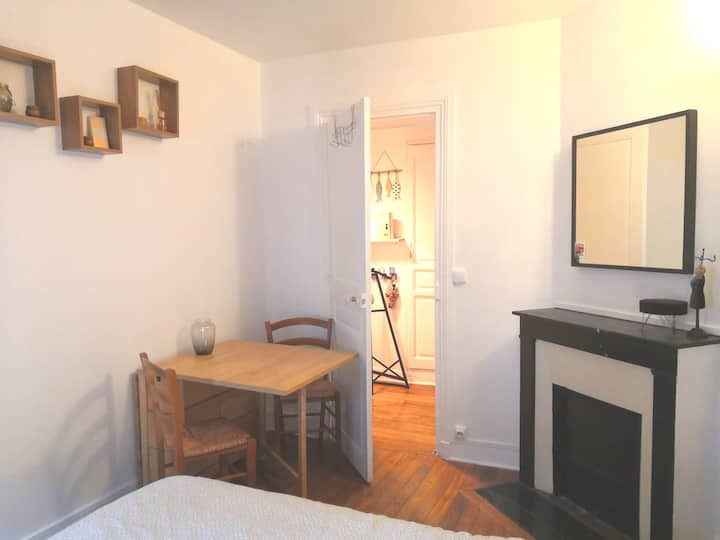 Private Room in Paris _ 3 min from the metro