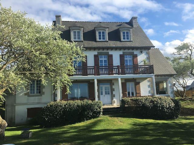 VILLA PIEDS DANS L'EAU LANCIEUX - Lancieux - Villa