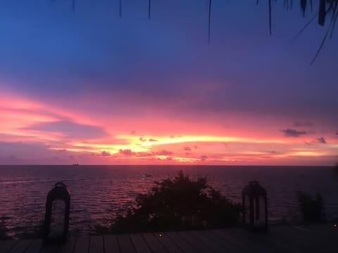 Beach house, great views, 15min from Cartagena