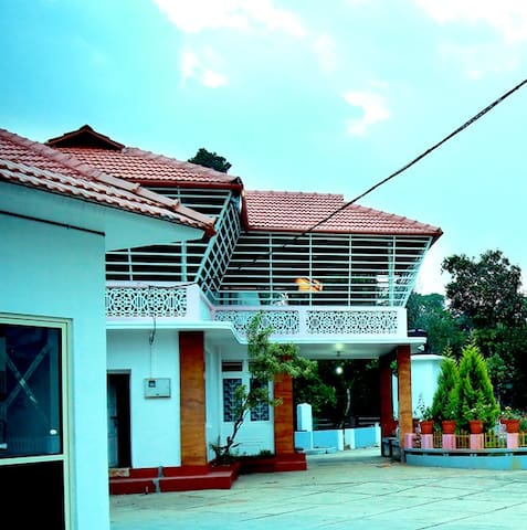 Pepper Valley 3 BHK Cottage
