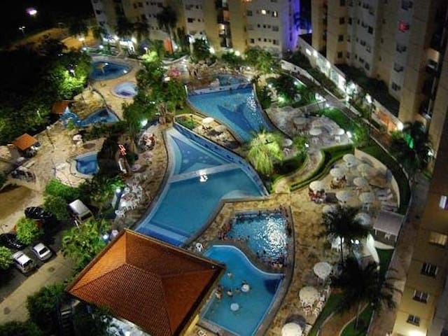 Flat com Clube Thermal (Ecologic Park)