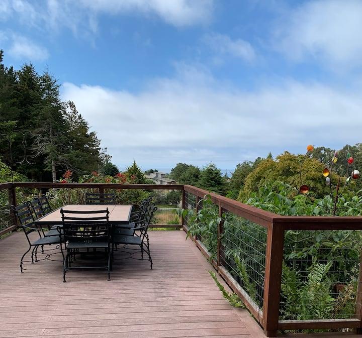 Woodstock House: Private suite,  deck, ocean view