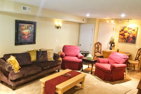 CedarWood Haven Close to Silverwood/Golf/hiking