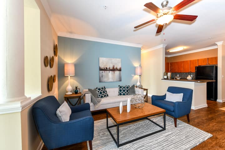 All-inclusive apt home | 2BR in Lithia Springs