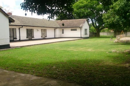 PambaNice Waterfalls Guest House - Harare