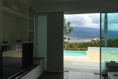 Villa Los Pinos - Villa