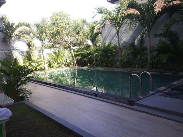 Cheap Clean Room In Denpasar 30 minutes to Kuta - Denpasar Barat - Villa