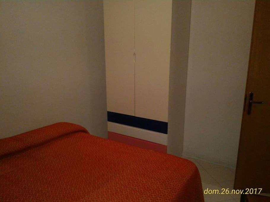 armadio camera 2