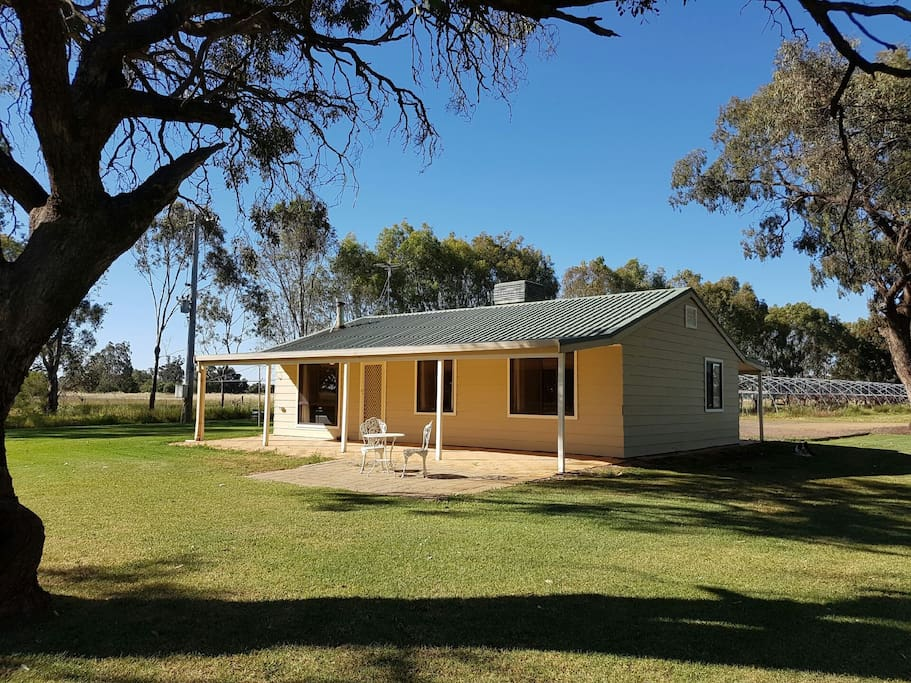 Hawkesbury park country cottage bungalow in affitto a for Piani di casa del bungalow del sud