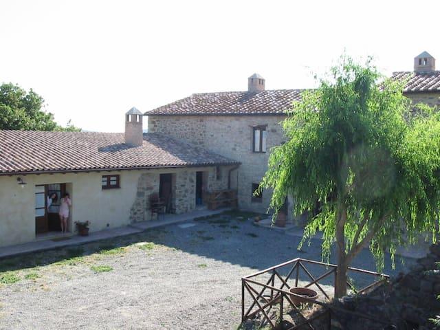 Casale in pietra del 1270 ampio e panoramico - Campagnatico - Flat