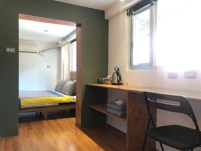 【B.H.】Loft double 空心磚大房間  雙人房 3M