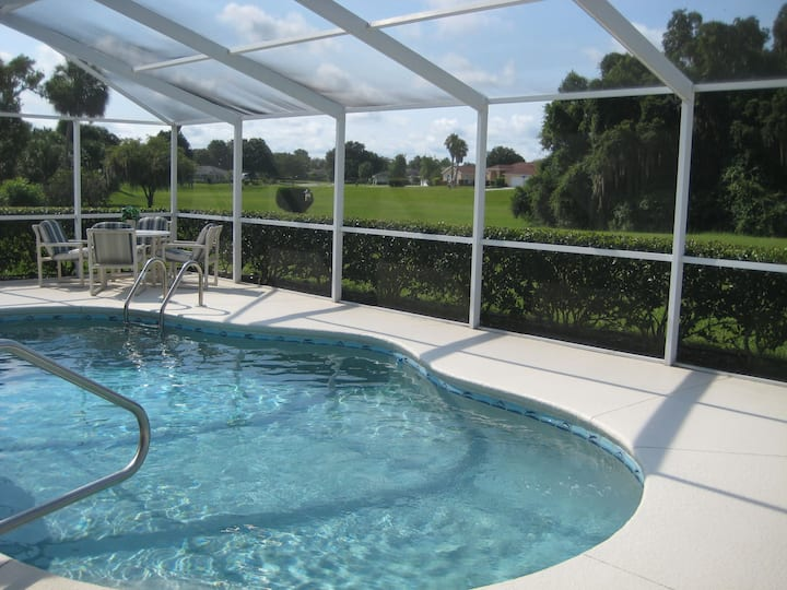 Nice villa with private pool at Golf course