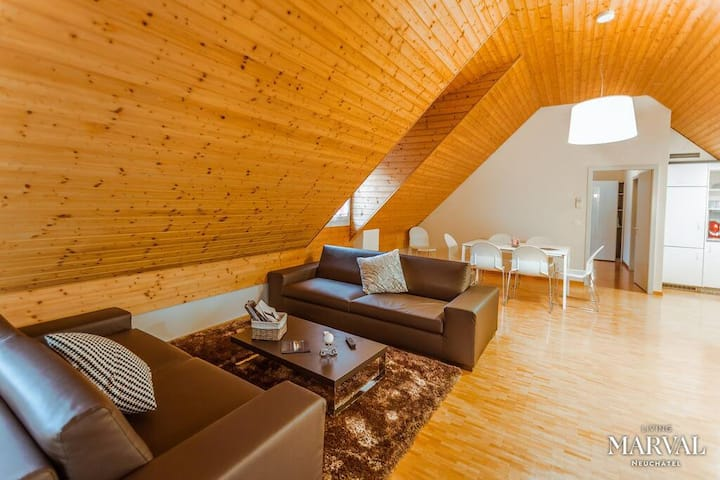 Les Galeries Marval - Samuel del Marval Apartment
