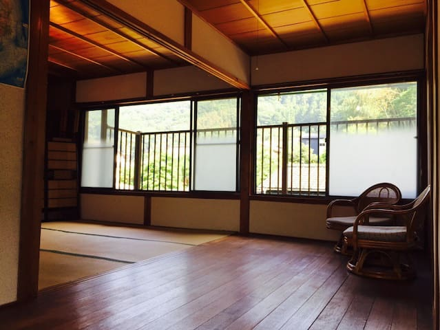 Japanese traditional house / heso camp 2 - Miyoshi - Huis
