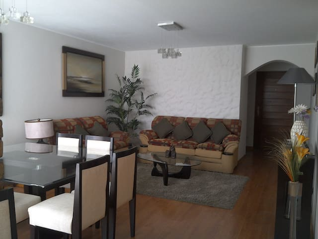 Beautiful Modern and Cozy Aparment of 110m2 - Distrito de Lima - Appartement