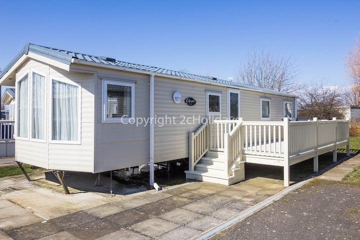 Stunning holiday home at a brilliant holiday park Manor Park ref 23002K