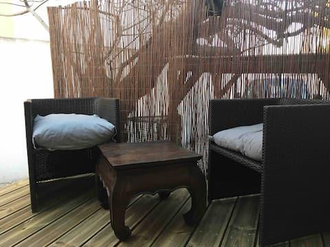 Mini studio terrasse - Stationnement gratuit