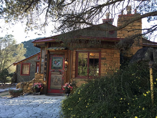 Foxbriar Bed and Breakfast - Prescott - House