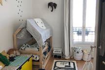 Kid's room: Suitable for two children under the age of 7/8 because of bed length. There is a second bed that pulls out underneath the main bed.