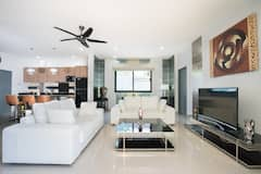Villa+Chantal+2+Bedroom+Pool+Villa+in+Rawai+Beach