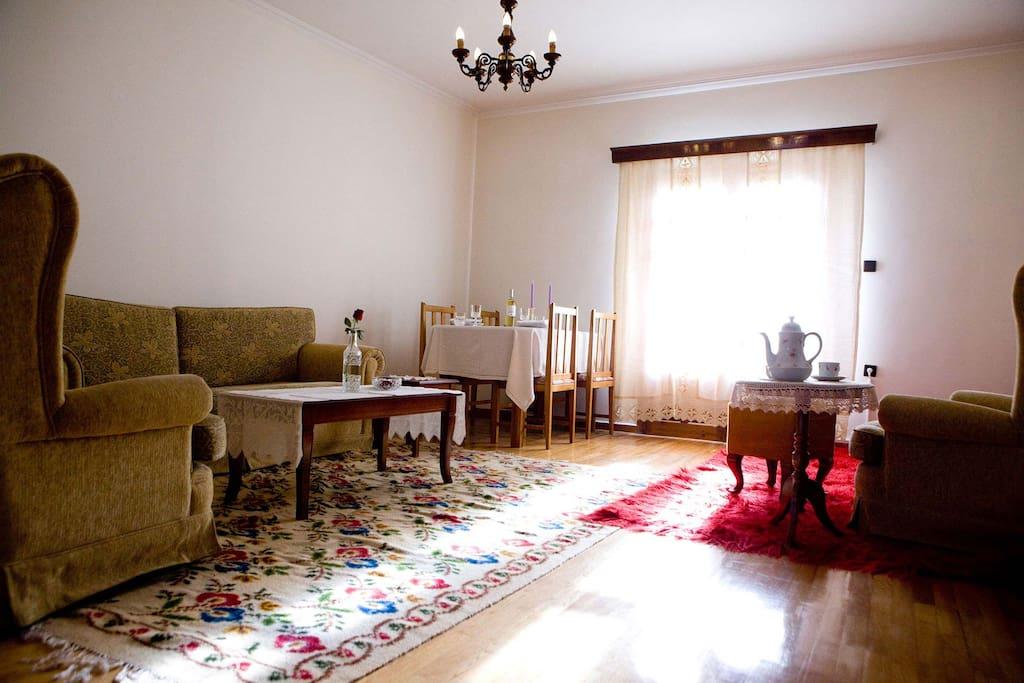 Giagia Sofia Home ~living room