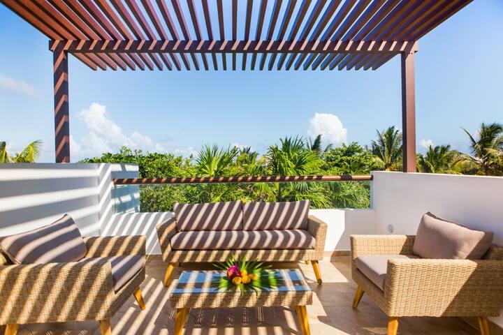 Magnificent villa by the Caribbean Sea