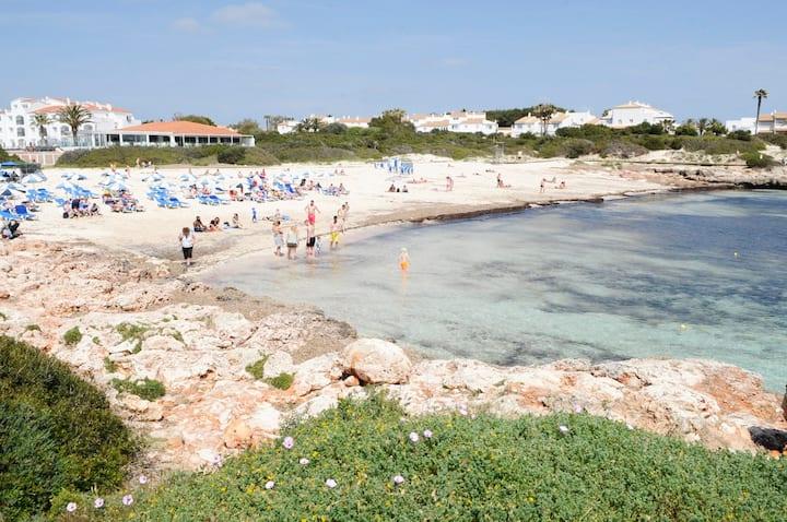 Casa con vistas al mar y piscina compartida